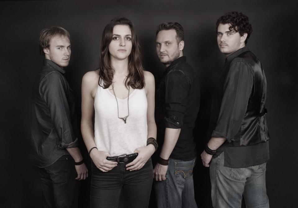 Laura Cox Band 2